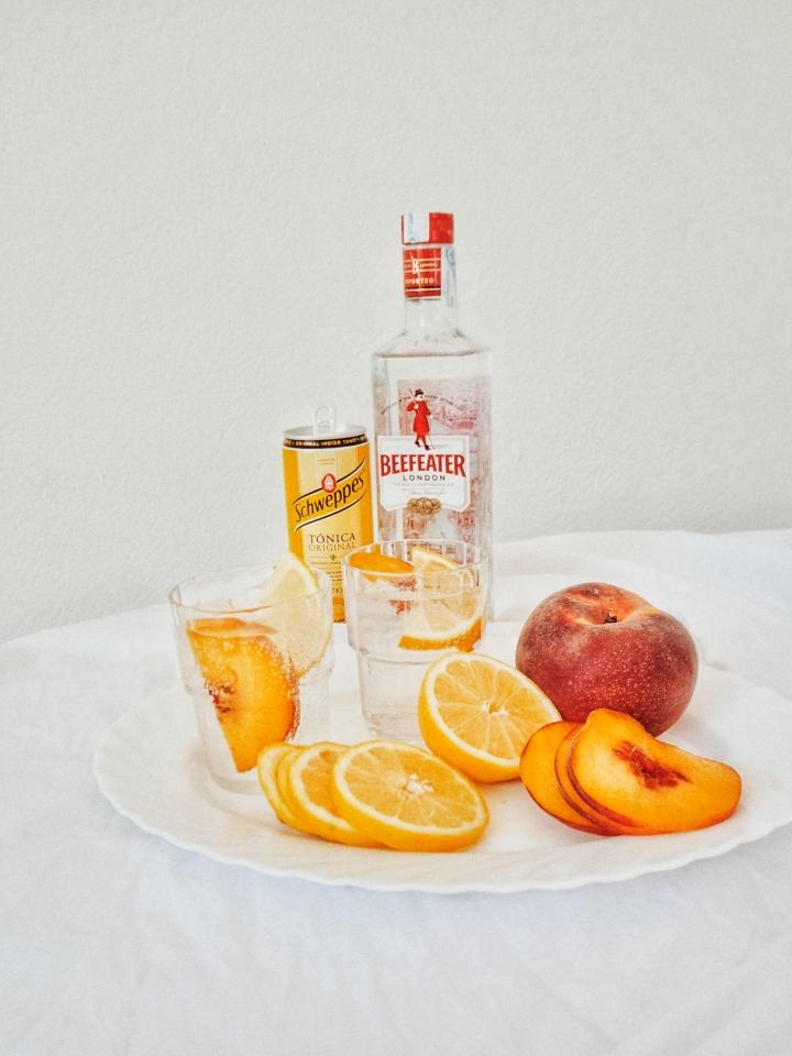 Gin Thursday 02 | Peach &Sour